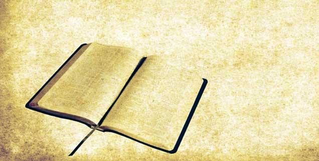 Die Bibel: Was steht drin? Und was muss man wissen, um die Texte wirklich zu verstehen? (Foto: zelg/istockphoto.com)