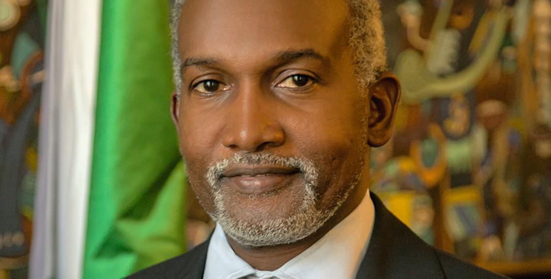 Yusuf Maitama Tuggar, geboren 1967, ist nigerianischer Politiker und Diplomat. Seit 2017 vertritt er die Bundesrepublik Nigeria als Botschafter in Berlin. (Foto: Lutz Mükke)