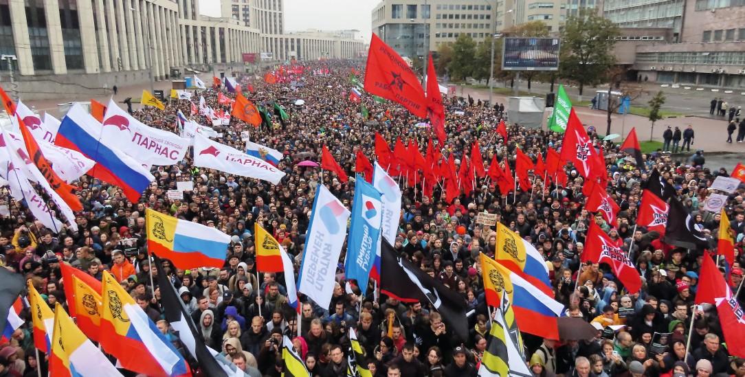 Protest in Moskau:Im September 2019 demonstrierten in Zehntausende gegen die Inhaftierung von Demonstrante, die für faire Kommunalwahlen auf die Straße gegangen waren. (Foto: pa/Reuters/Tatyana Makeyeva)