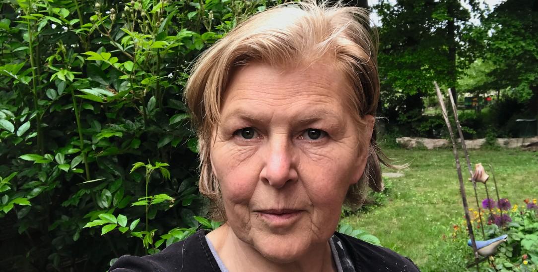 Elke Kuhagen protestiert seit vierzig Jahren gegen das Lager für Atommüll in Gorleben. Sie ist Textilgestalterin mit eigener Werkstatt und lebt nach wie vor im Wendland (Foto: privat)