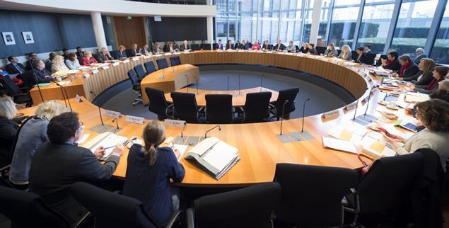 Petitionsausschuss des Bundestages: Im Gespräch mit Bürgerinnen und Bürgern (Foto: Deutscher Bundestag/Marco Urban)