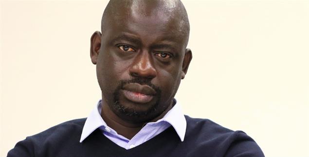 »Die Kulturrevolution beginnt mit einer Veränderung des Blicks, den Afrika auf sich selbst richtet«, schreibt der Ökonomie-Professor Felwine Sarr (Foto: pa/Rückeis)