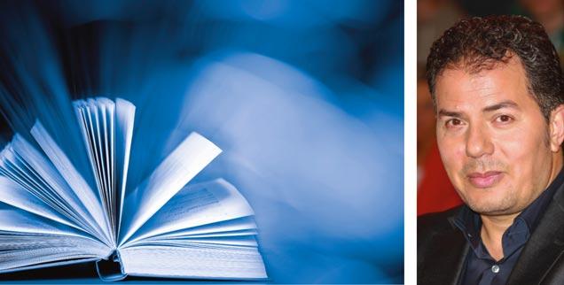 Führen uns heilige Bücher in die Zukunft? »Nein!«, sagt der deutsch-ägyptische Politikwissenschaftler Hamed Abdel-Samad (rechts) in der Publik-Forum-Reihe »Streitfragen zur Zukunft«. (Fotos: iStock/Viorika; pa/BREUEL-BILD)