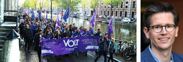 """In Amsterdam arbeitete die junge Partei """"Volt"""" ein europaweites Wahlprogramm aus - und machte mit einer Kundgebung auf sich aufmerksam. Prof. Dr. Swen Hutter sieht in Volt Ähnlichkeiten zur Bürgerbewegung """"Pulse of Europe"""" (Fotos: volteuropa.org; Swen Hutter/David Ausserhofer)."""