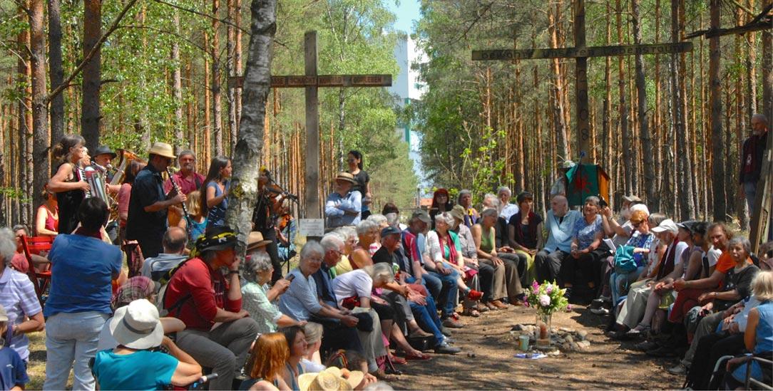 Mit Akkordeon und Klarinette: Andacht zum 30-jährigen Bestehen des Gorlebener Gebetes