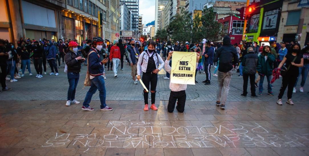 Demonstranten in der Hauptstadt Bogotá nach dem Tod von Javier Ordoñez in Polizeigewahrsam (Foto: PA/Nur Photo/Sebastian Barros)
