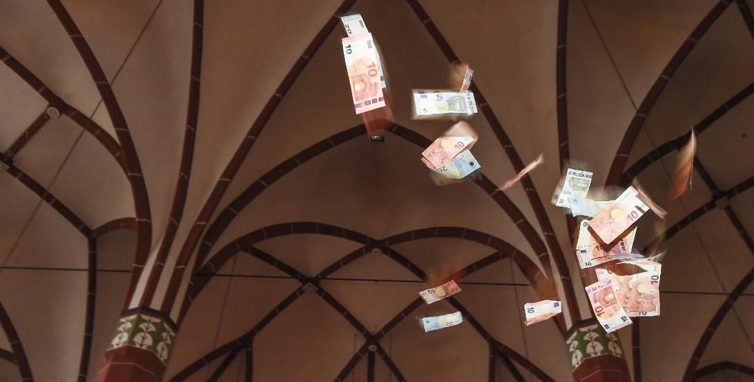 Ausbezahlt: Wie viel Geld soll der Staat den Kirchen bieten? (Foto: KNA)