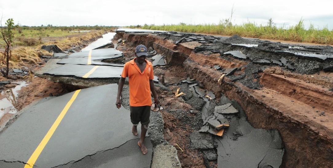 Corona verschärft das Elend (Foto: pa/ap/Tsvangirayi Mukwazhi)