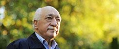 Fethullah Gülen, seit 17 Jahren im US-amerikanischen Exil: Mit ihm will Erdogan nicht mehr diskutieren. Er braucht Gülen jetzt als Objekt für seinen Hass. (Foto: pa/dpa/Selahattin Sevi/Handout Zaman Daily)