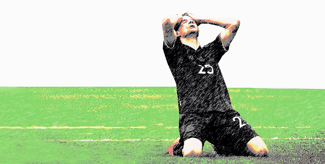 Thomas Müller nach vergebener Torchance im EM-Spiel gegen England (Foto: pa/Charisius)