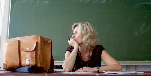 Manchmal mit der Kraft am Ende: Wer in der Grundschule arbeitet, hat heute multikomplexe Probleme zu meistern. (Foto: imago/photothek)