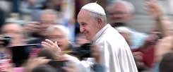 Die Herzen vieler Menschen fliegen ihm zu: Kann Papst Franziskus aber auch die Herzen konservativer Synodenväter erweichen?  (Foto: pa/ Spaziani)