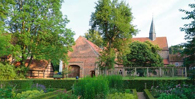 Ein magischer Ort: Das Stift Börsel liegt abgeschieden in den Wäldern im westlichen Niedersachsen. (Foto: Rolf Kamper)