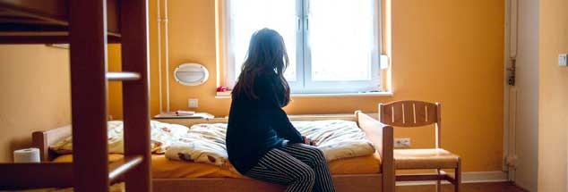 Zufluchtsort Frauenhaus: Bei Null beginnen (Foto: pa/Hitij)