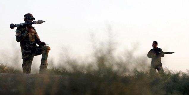 Krieg im Irak: Der Westen hat mehr damit zu tun, als er selbst zugeben will. Und er hat einen der Schlüssel zum Frieden in der Hand. Wann benutzt er ihn? (Foto:pa/dpa)