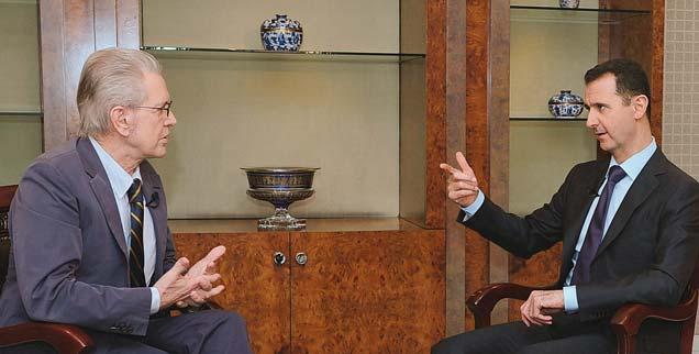 Publizist Jürgen Todenhöfer (links) bei Baschar al-Assad während eines ARD-Gesprächs im Jahr 2012: Immer wieder traf der Nahost-Kenner den syrischen Präsidenten (Foto: pa/swr/HANDOUT aus der Sendung Weltspiegel, 2012)