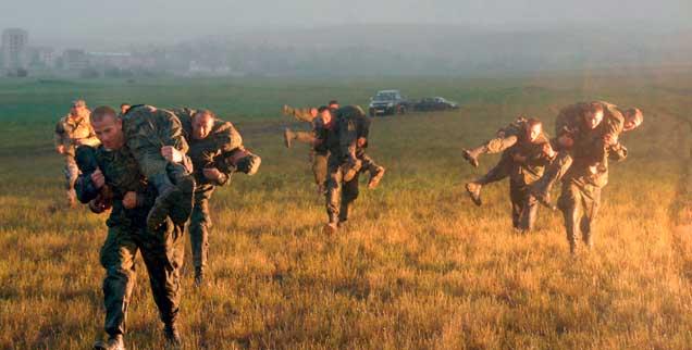 Wie soll der Westen mit Russland umgehen?: Gemeinsame Übungen von Nato-Soldaten mit den Truppen Georgiens im Jahr 2009, nicht lange nach dem Krieg zwischen Russland und Georgien um das Gebiet Südossetien, die Übungen wurden von Russland scharf kritisiert (Foto: pa/Shlamova)