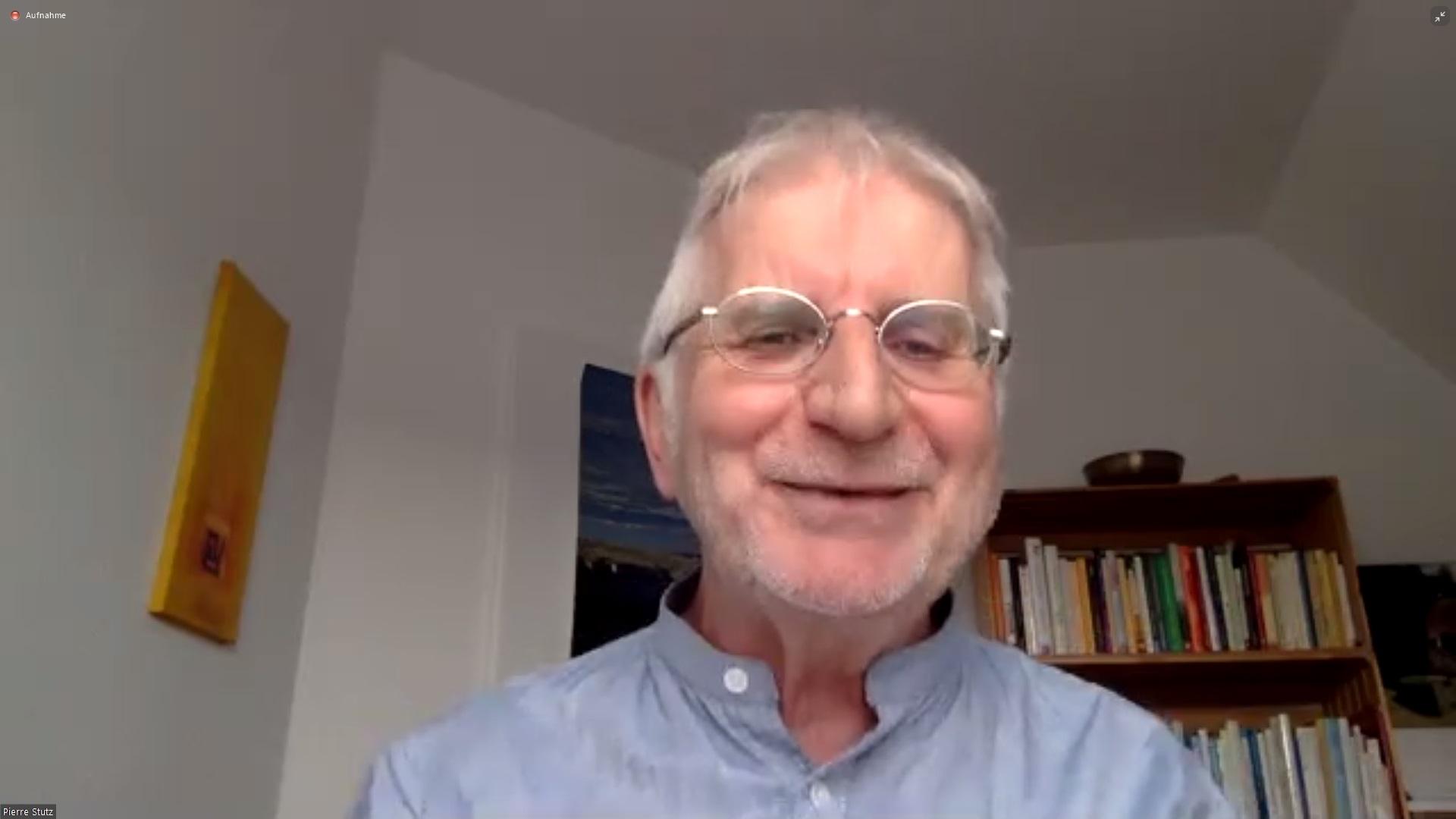 Der Theologe und Buchautor Pierre Stutz in einem Video-Vortrag.