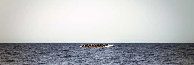 Tausende versuchen unter Lebensgefahr über das Mittelmeer Europa zu erreichen (Foto: pa/Marco Panzetti/NurPhoto)