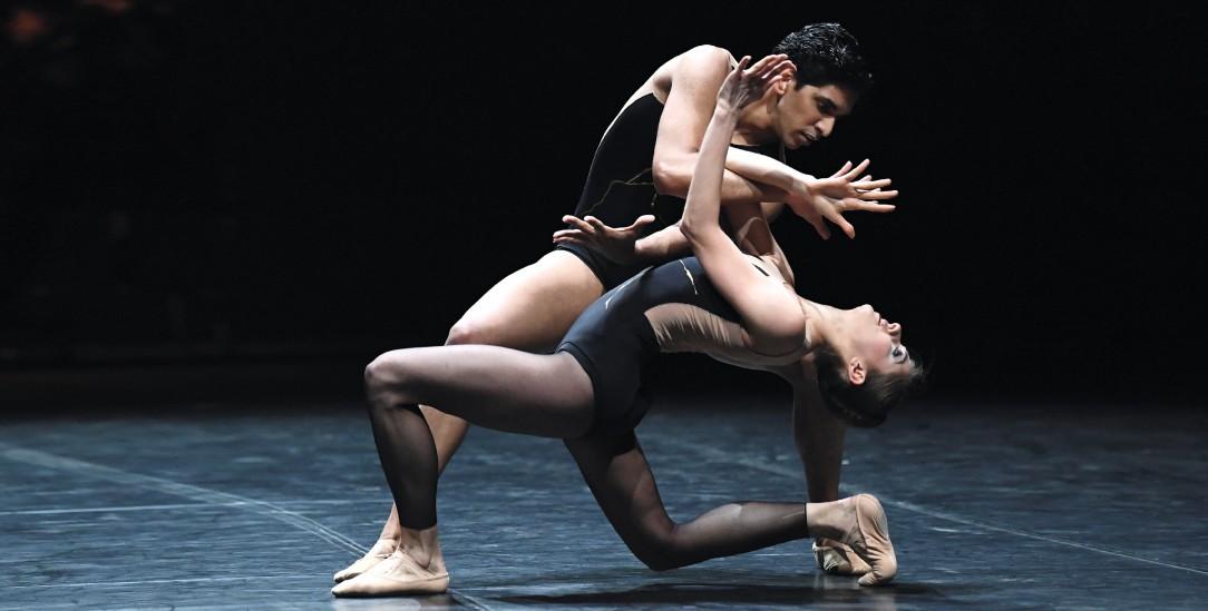 Höchstmögliche ästhetische Form: Daiana Ruiz und Flemming Puthenpurayil (Foto: adorisio/Stuttgarter Ballett)