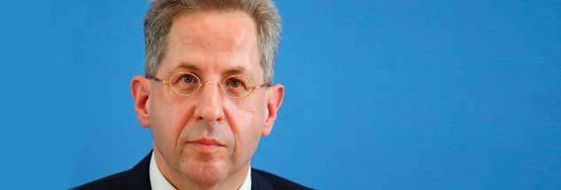 Nicht nur Hans-Georg Maaßen, der Präsident des Bundesamtes für Verfassungsschutz, steht im Verdacht, mit Rechten zu sympathisieren. Auch seine Behörde, eigentlich zur Neutralität verpflichtet, scheint rechts nicht so genau hinzuschauen wie links (Foto: pa/Reuters/Hanschke)