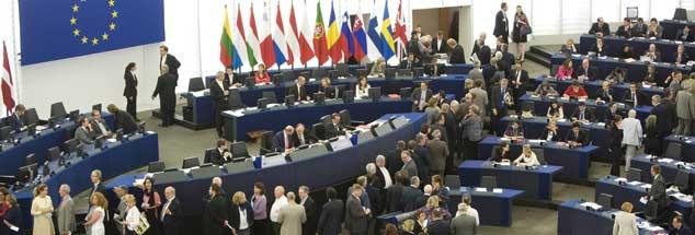 EU-Parlament: Künftig wird es zersplitterter sein als bisher, die Sozialdemokraten und die Christdemokraten haben auch zusammen keine Mehrheit mehr (Foto: pa/Baumgarten).