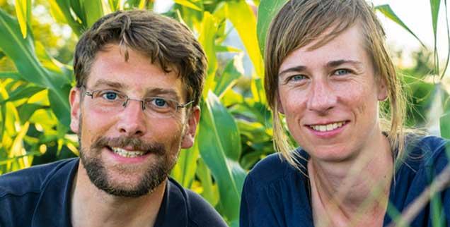 Sie sind auf zwei Rädern unterwegs nach Teheran: Christoph Borgans und Katharina Müller-Güldemeister (Foto: Borgans)