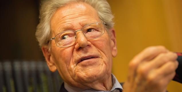 Hans Küng (1928–2021): Einer der Großen der Theologie des 20. Jahrhunderts (Foto: pa / dpa / Daniel Naupold)