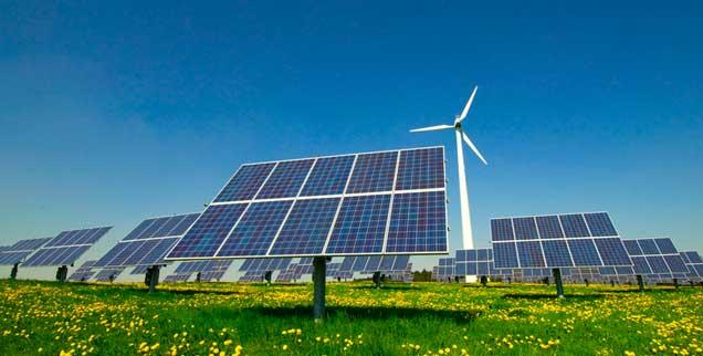 Die Macht der großen Energiekonzerne ist geschrumpft, weil ihre Gegner auch zu Machern geworden sind: Stadtwerke und Bürger setzen mehr und mehr auf erneuerbare Energien. Kurz: Die Energiewende ist bislang eine Sache der kleinen Leute. (Foto: VRD - Fotolia)