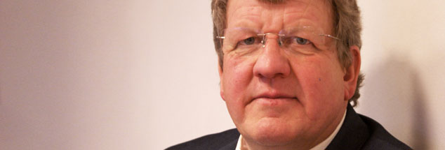 """Notfallseelsorger Jochen Heinecke: """"Nach und nach erfassen und dann akzeptieren, dass ein anderes Leben beginnt."""" (Foto: www.lektoren-saw.de)"""