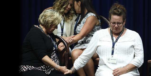 Opfer sexueller Gewalt katholischer Geistlicher, Angehörige: Schnappschuss im Capitol in Harrisburg am Tag der Veröffentlichung des Missbrauchs-Reports in Pennsylvania, 14. August 2018. (Foto: pa/ap/Rourke)