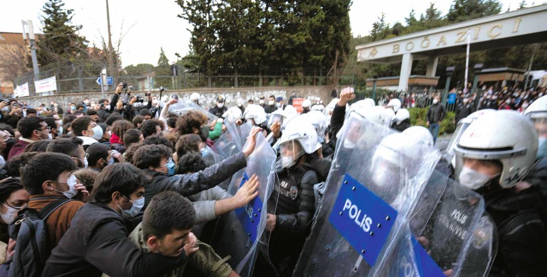 Istanbul, Januar 2021: Proteste auf dem Campus der Bogazici-Universität (Foto: pa/Zuma/Dean)