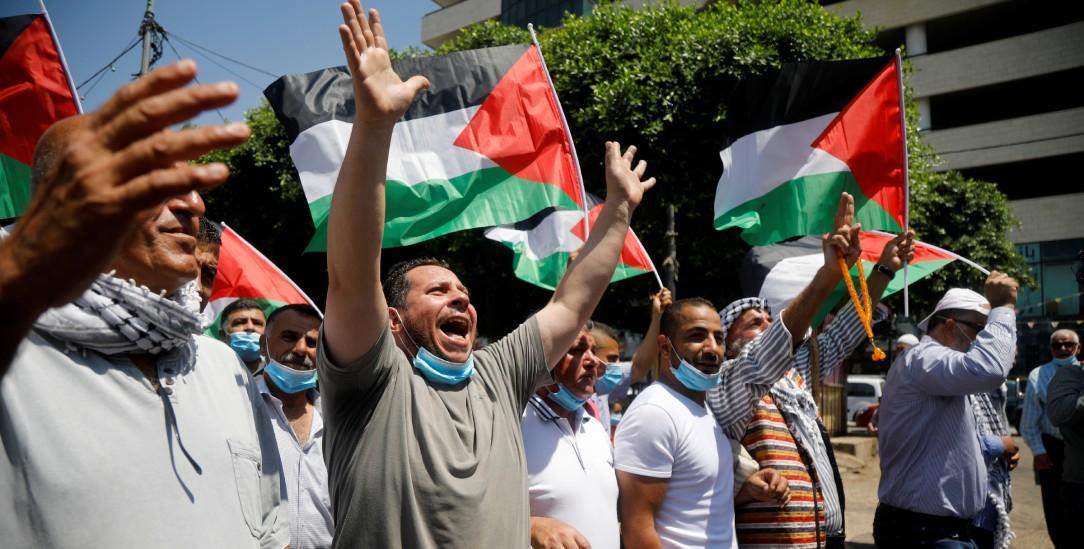Kritik am Abkommen: Protest von Palästinensern in Nablus (Foto: Reuters/Raneen Sawafta)
