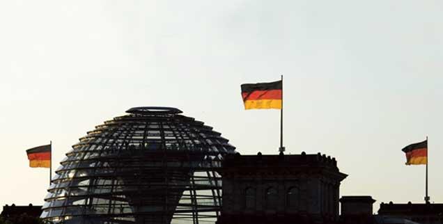 Die Kuppel des Reichstagsgebäudes in Berlin: Der Bundestag hat Angela Merkel am 17. Dezember mit 462 Stimmen mehrheitlich als Kanzlerin wiedergewählt (Foto: pa/Krimmer)
