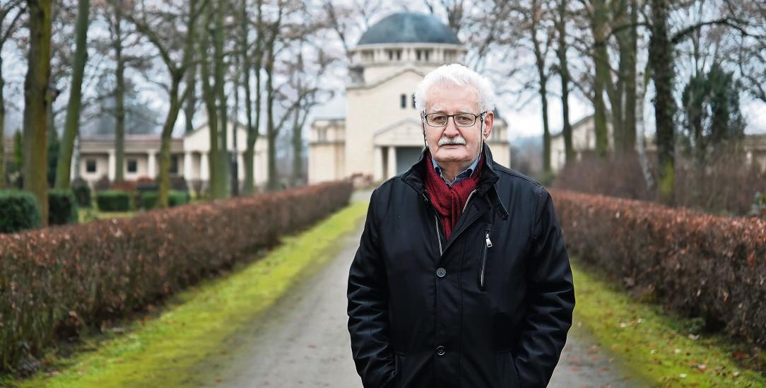 Gegen das Vergessen: Klaus Leutner recherchierte die Schicksale der Ermordeten (Foto: Kitty Kleist-Heinrich/Der Tagesspiegel)