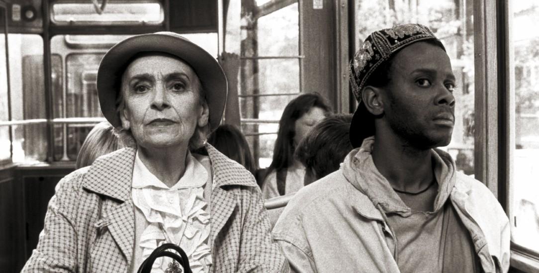 Rassistischen Parolen Paroli bieten: Szene aus Pepe Danquarts Kurzfilm »Schwarzfahrer« (Foto: dpa)