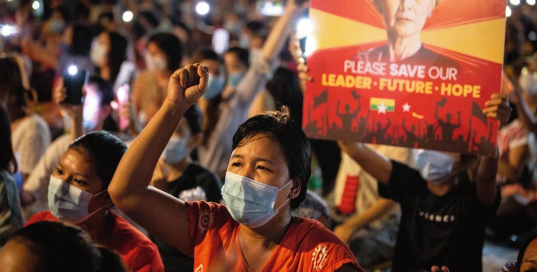 Die Proteste gegen den Putsch in Rangun gehen weiter. Obwohl die Militärs immer brutaler vorgeht und täglich Menschen erschossen werden. (Foto: PA/Zumapress/Theint Mon Soe)