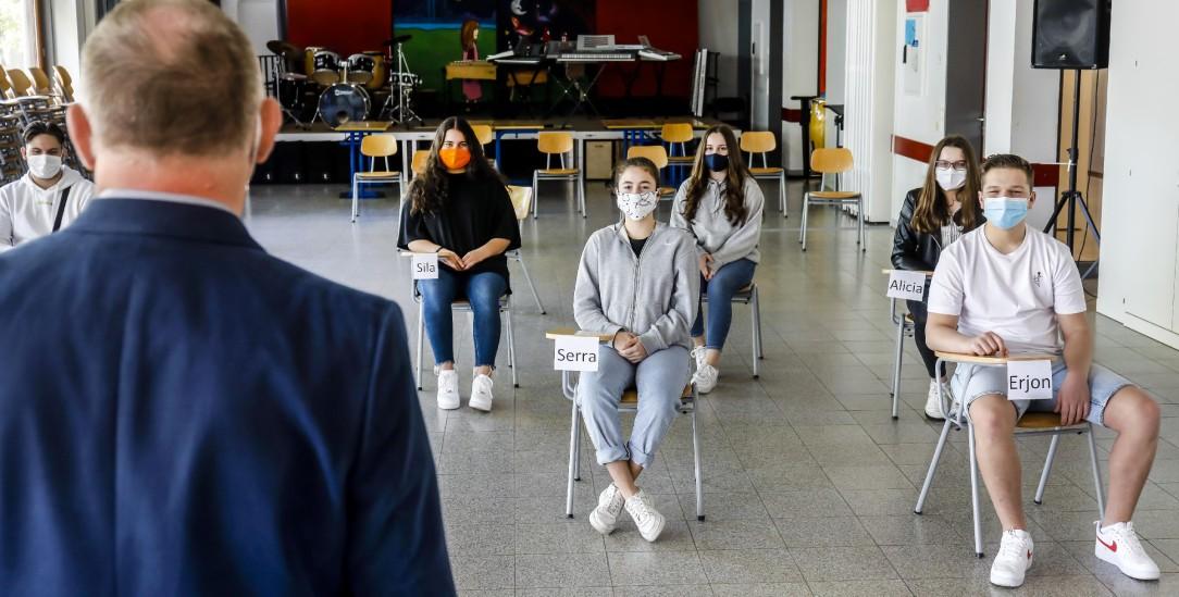 Lernen mit Abstand: Weitermachen wie bisher, nur mit größerer Distanz, das wäre zu wenig gelernt aus den Erfahrungen der Corona-Pandemie. (Foto. pa/Oberhäuser)