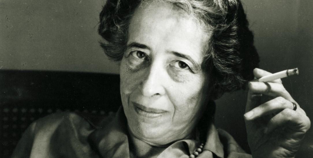 Ikone mit Kippe: Hannah Arendts Markenzeichen war nicht nur die Zigarette, sondern ihr originelles Denken (Foto: pa/Jewish Chronical)