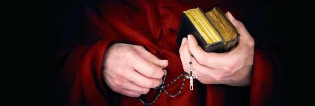 Nicht alle Priester sind klerikalistisch, und doch ist die klerikalistische Überheblichkeit, mit der sich der Priester über andere Gläubige stellt,  allgegenwärtig in der katholischen Kirche, meint der Theologe Bernd Kopp  (Foto: istockphoto/AGEphotography)