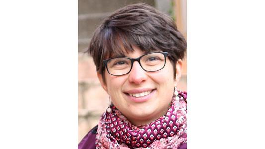 Viola Kristin Rüdele (derzeitige Volontärin): »Ich behandele aktuelle und spannende Themen und kann dabei immer wieder etwas Neues lernen. Das gefällt mir sehr.«