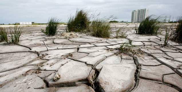 Das Weltklima darf sich um nicht mehr als zwei Grad bis zum Jahr 2100 erwärmen, sonst drohen drastische Veränderungen: wird das gelingen? (Foto: pa/Novelo)