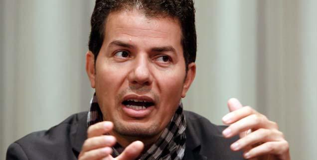 Hamed Abdel-Samad glaubt nicht, dass Ägypten allzu schnell zur Ruhe kommt. Er hält die Muslimbrüder für schlechte Verlierer, die nun drohen, das Land ins Chaos zu stürzen: »Aber die jungen Menschen sind nicht nur für die Freiheit auf die Straße gegangen, sondern auch für Arbeit und soziale Gerechtigkeit. Und sie wollen nun ein Licht am Ende des Tunnels sehen.« (Foto: pa/dpa/Pilick)