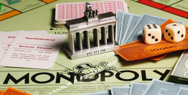 Monopoly der Gegenwart: Wer Wohnraum in einer Großstadt vermieten kann, darf sich über gute Rendite freuen (Foto: pa/Stache)