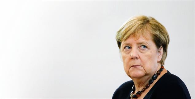 Möglicherweise fatal für das Klima und die Partei: Machtbewusstsein und Unverbindlichkeit prägten die Ära Merkel. Und doch können sich viele Deutschland nicht ohne sie vorstellen. (Foto: pa/Reuters/Schmuelgen)