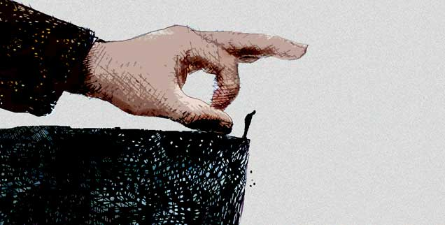 Regeln sind dazu da, um gebrochen zu werden? Eine Frage, die psychopathische Chefs als Aufforderung verstehen: Wer nicht mehr ins Unternehmen zu passen scheint, kann dann skrupellos über den Rand der Klippe gestoßen werden. (Foto: Gary Waters/Corbis)