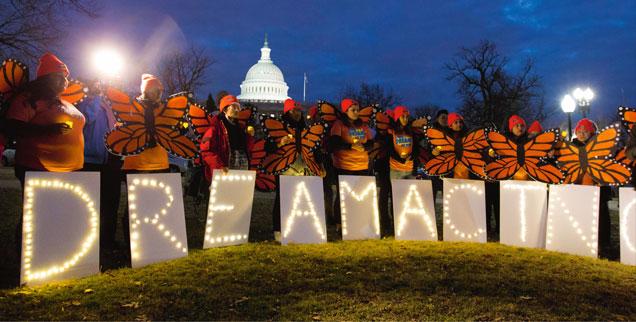 Am 5. März wäre der Abschiebeschutz für junge Migranten in den USA, die als »Dreamer« bezeichnet werden, ausgelaufen. Doch in Folge einer Entscheidung des Obersten Gerichtes gilt weiter das bisherige Bleiberecht (Foto: pa/ap/Jose Luis Magana)