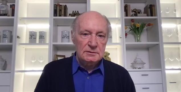 Der Theologe und Psychotherapeut Eugen Drewermann bei der online-Veranstaltung der Leserinitiative Publik-Forum e.V.