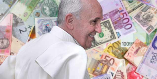 Papst Franziskus lächelt; doch das viele Geld ist es nicht, was ihn glücklich macht: Er schaut auf die Menschen, nicht auf bedrucktes Wert-Papier. (Foto: Markus Mainka/Fotolia; pa/Spaziani)