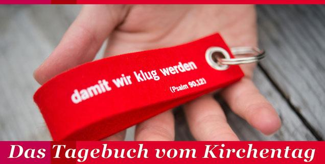 »... damit wir klug werden«: Die Losung des Evangelischen Kirchentags immer im Kopf, schreibt die Redaktion für Sie ein Tagebuch aus Stuttgart. (Foto: pa/dpa/Daniel Naupold)